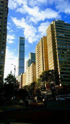 Calle 19 vista al occidente, edificio Bogotá Downtown Bacata. Cosmos, Snapchat, Skyscraper, Multi Story Building, Writing, History, City, Nature, World