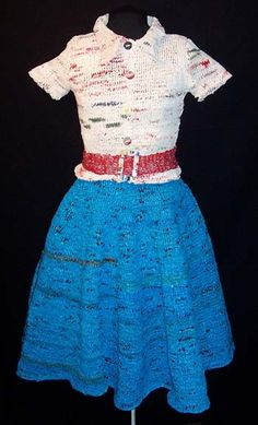 Plastic Grocery Bags into Knit 1950′s Outift.  Had to pin this cuz its just so cool lol