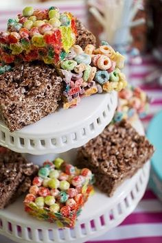 Host-It Notes: A Breakfast Birthday Party!     Great take home favors!!! Cereal bar treats!