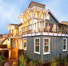 Santa Cruz home http://www.buzzfeed.com/mattortile/21-gorgeous-beach-houses-that-are-doing-it-right