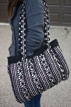 Large Black Upcycled Crochet Pop Tab Bag by Flor7 on Etsy