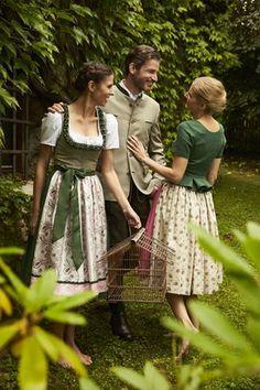 Tostmann Trachten: Alltagsdirndl Oktoberfest Outfit, Barefoot, Lace Skirt, Sewing, Skirts, Bb, Quilting, Outfits, Clothes