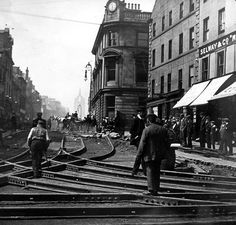 Old photograph of laying Tram lines in Paisley , by Glasgow , Scotland . The West End is on the road to Johnstone on the West, and Glasgow . Scotland Kilt, Glasgow Scotland, Scotland Travel, Edinburgh, Old Pictures, Old Photos, Vintage Photos, Paisley Scotland, Old Trees