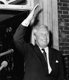 At No 10 Downing St in 1970  Edward Heath served as prime minister from 1970 to 1974.   Photograph: Frank Barratt/ Keystone/ Getty Prime Minister Of England, British Prime Ministers, Head Of State, Alternative News, Teenage Years, Before Us, World History, Guys And Girls