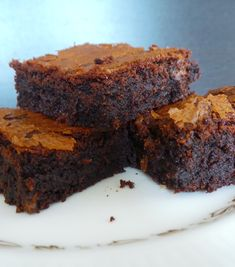 Rich fudgy brownies with the delicious sweetness of caramel. These are seriously moreish! I love a brownie, but not all brownies were created equal. I'm sure you have all had something that calls itself a brownie and looks promising, but then when you bite into it, it's more like chocolate cake. Disappointing is an understatement. …