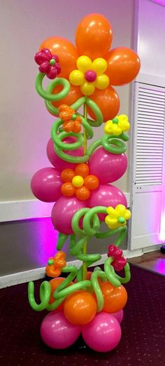 Absolutely love everything about this! Balloon Tower, Balloon Stands, Balloon Columns, Balloon Wall, Balloon Garland, Balloon Arch, Mothers Day Balloons, Balloons And More, Birthday Decorations