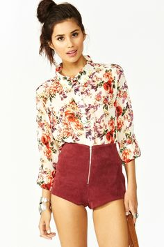 Wild Rose Blouse. love the colour of the shorts too but other than that they kind of scare me lol