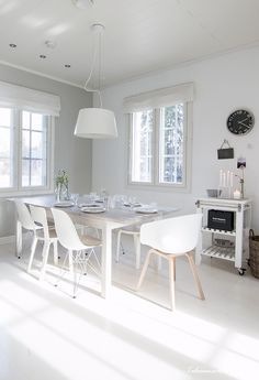 keittio1 Dining Area, Kitchen Dining, Dining Table, Pisa, My Dream Home, Chair, Furniture, Design, Home Decor