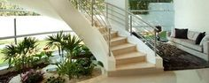 Jardim embaixo da escada - Com fazer: Ideias para jardim embaixo da escada Aárea embaixo da escadanem sempre é uma das mais fáceis dedecorar. Pode ser uma região morta do ambiente em alguns casos porque não cruza com outros cômodos.Mas pode se tornar um espaço extremamente decorativona sua ambientação com alguns tru... - http://www.dinheirodigital.com.br/ecoblog/2017/03/17/jardim-embaixo-da-escada/