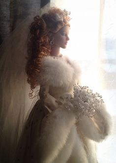Jacqueline Frost as Winter Bride Tonner Doll 11/29/13