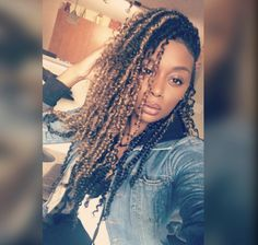 Modern Twist on an Old Fashioned Bun - 10 Instructions Directing You on How to Style Box Braids - The Trending Hairstyle Twist Braid Hairstyles, Loose Hairstyles, Black Girls Hairstyles, Female Hairstyles, Hairstyles 2016, Modern Hairstyles, Black Girl Braids, Girls Braids, Curly Hair Styles