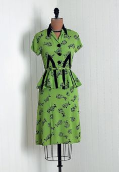 1940's Vintage PistachioGreen and Black by TimelessVixenVintage