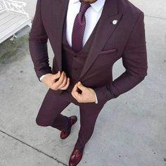 18 Best Ideas Fashion Herren-Anzüge im Gentleman-Stil Gentleman Stil, Style Gentleman, Mens Fashion Suits, Mens Suits, Fashion Shirts, Purple Prom Suit, Classy Suits, Classy Style, Terno Slim Fit