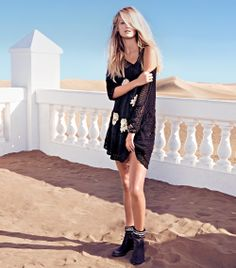 TWIN-SET Simona Barbieri: Knitted dress with flowers appliqué and bikers with fabric leg