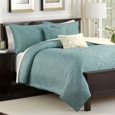 Perfect!!!! Comes in Twin Size $80.00  Medallion Reversible Quilt Set in Teal - BedBathandBeyond.com