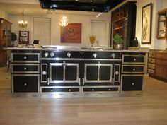 "Le Château 150 (59.1"") DF Cooker Colour Brilliant Black with S.S.* La Cornue Cabinetry matching to make it look bigger* Toronto Show room http://www.lacornue.com/ca"