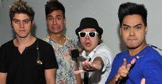 Banda Restart irá desfilar pela escola Tom Maior no carnaval paulistano de 2013 - Meninos da banda Restart serão destaque na ala Cores