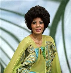 career photos of shirley bassey - Bing images