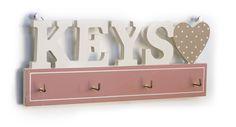 Ξύλινη Κλειδοθήκη Keys Bathroom Hooks, Hanger, Pallets, Wood, Keys, Clothes Hanger, Woodwind Instrument, Clothes Hangers, Timber Wood