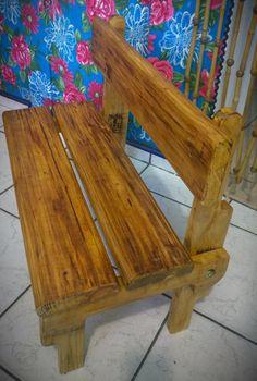 Banco infantil de pallets e madeira de demolição! #inoveecomoveis