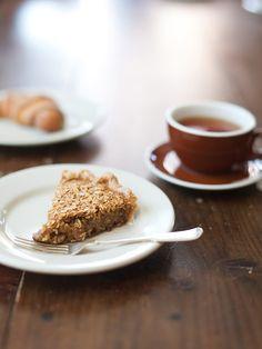 four & twenty blackbirds black bottom oatmeal pie:  flaky crust, caramelized oatmeal top, chocolate ganache bottom