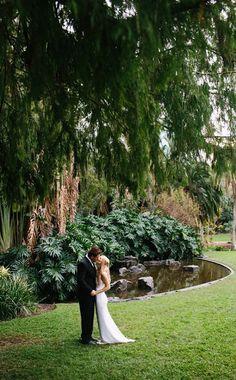 Brisbane City Botanic Gardens wedding ceremony location. Photography by www.joshgowphotography.com