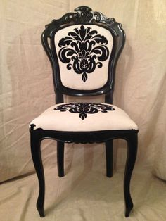 1000 ideas about damask bedroom on pinterest 2nd floor for Black and white damask chaise lounge