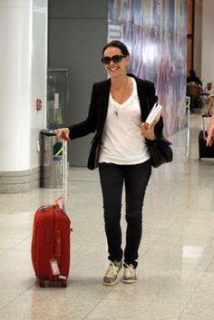 Blog da Cris Zamino: Estilo Carolina Ferra: OCLÃO, óculos enorme
