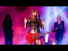 Challenge May 8th: Fav Live performance: Taylor Swift - Red (Live At The BBC Radio 1 Teen Awards)