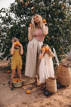 Our Kitchen – Barefoot Blonde by Amber Fillerup Clark Cute Family, Family Goals, Family Family, Fashion Kids, Fashion Fashion, Amber Fillerup, Barefoot Blonde, Future Mom, Mommy And Me