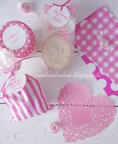 Pretty PAMK packaging in pink