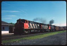 CN Canadian National 3524+ Brockville ON 7-1987
