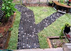 recycled-wine-glass-bottom-bottles-garden-path-grass-decoration1