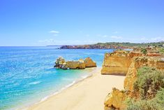 beach and rock formation known as praia da rocha in travel destination portimao. Algarve, Free Beach, Beach Rocks, Best Places To Live, Best Location, Where To Go, Beautiful Beaches, The Good Place, Travel Destinations