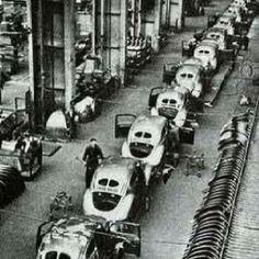 VW Beetle split window assembly line