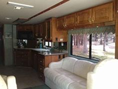 1999 Used Beaver Patriot 40 MONTICELLO Class A in California CA.Recreational Vehicle, rv, 1999 Beaver Patriot 40 MONTICELLO, new breaks, new exhaust break, all new tires, all new batteries, three new color back up cameras 1 rear, 1 left, 1 right, hurricane hot water system, power mirrors, 4 door frig, W ice maker, self seeking satellite dish, new flat screen tv, solar panels, window awnings, convection microwave. 2 ducted AC's. $66,000.00
