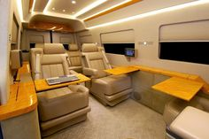 Mercedes-Benz Sprinter Van outfitted like a private jet for New York Auto Show Benz Sprinter, Mercedes Sprinter, Van Interior, Luxury Interior, Mercedes Truck, Mercedes Benz, Mb Vans, Luxury Van, Luxury Jets