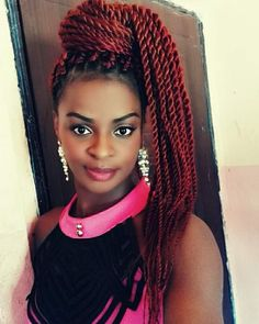 Senegalese Twist Hairstyles is a greatly popular twisted and braided hairdo worn by the african american dark women with updo, ponytail, color, bun etc. Long Senegalese Twist, Senegalese Twist Hairstyles, Twist Braid Hairstyles, Mohawk Hairstyles, Bandana Hairstyles, Twist Braids, Twists, New Natural Hairstyles, Pony Tails