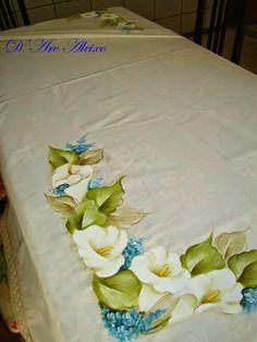 D'Arc Aleixo Artesanato: Toalha de mesa pintada