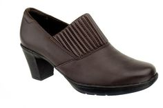 Clark's Women's Thoughtful Q Leather Clog Brown 10 M - http://clarksshoes.info/shop/clarks-womens-thoughtful-q-leather-clog-brown-10-m