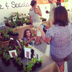Excitement at our booth!  #spadeandseeds Excitement at our booth!  #spadeandseeds
