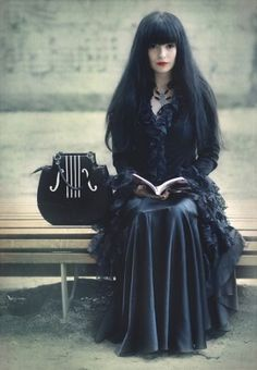 photos of Gothic model  desdemona | Gothic,Medieval And Rock Models: Desdemona de'Ville