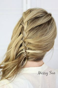 Sideswept Waterfall Braid - 10 boho braid tutorials you must try Loose Hairstyles, Braided Hairstyles, Wedding Hairstyles, Waterfall Braid Prom, Hair Extensions Best, Natural Hair Styles, Long Hair Styles, Damaged Hair, Big Hair
