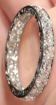 OBSESSED with this ring that looks like never ending diamonds!!