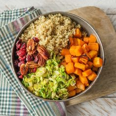 Build the perfect buddha bowl with HelloFresh | More info and healthy recipes on blog.hellofresh.com