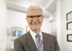 """Renowned cardiologist, New York Times best-selling author and medical researcher Dr. Steven Gundry discusses his new book, """"The Plant Paradox"""", with Dave. Health And Nutrition, Health Fitness, Lectins, Plant Paradox, Health Articles, Natural Cures, New Books, Healthy Recipes, Healthy Food"""