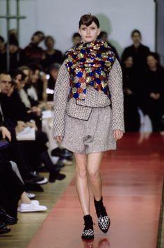 Comme des Garçons Fall 1999 Ready-to-Wear Collection Photos - Vogue