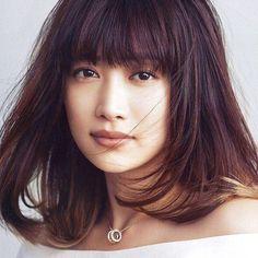 女性に大人気のモデル、ヨンアさん。実は今、彼女のライフスタイルにも注目が集まっているんです。自宅であるシンガポールとを行き来する人気モデルの、幸せの秘訣を探ります。