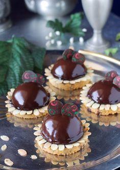 Fiori di cremoso al cioccolato fondente e cuore di crema cotta | Dolci in Boutique