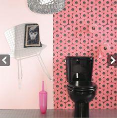papier peint rose pour deco wc originale